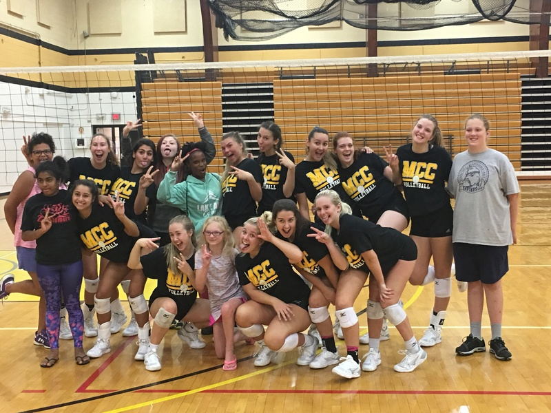 Volleyball girls with Mott Community College Volleyball Team